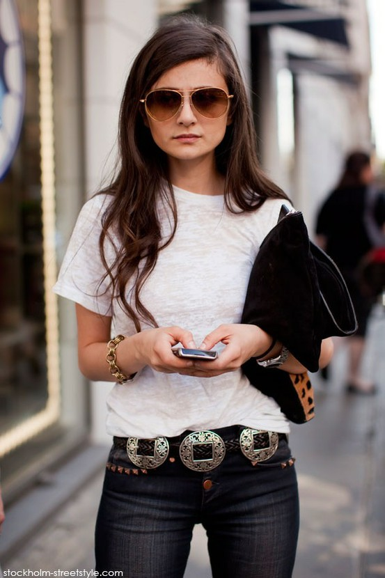 Trend alert white tee 39 s girls of t o for White t shirt outfit