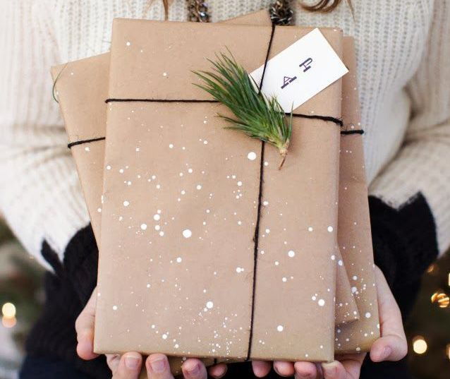 10 brown paper gift wrapping ideas for the holidays girls of t o